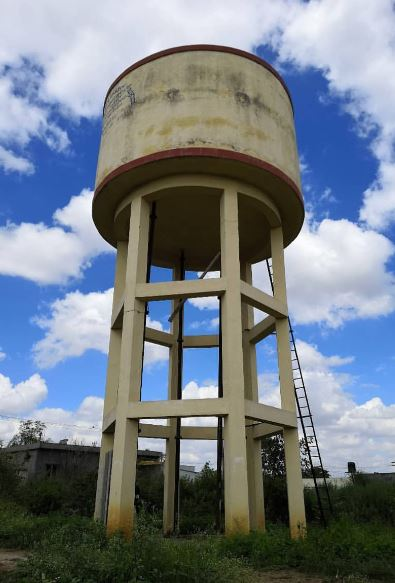 Analysis of cylindrical water tanks