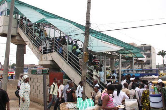 crowd loads on footbridges in Lagos
